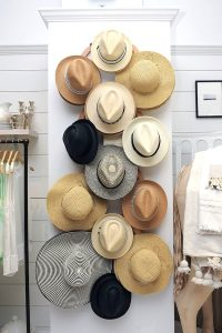 Hat-Organizing_SimplySpaced