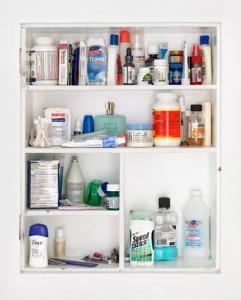 medicine-cabinet_59x73-5_we