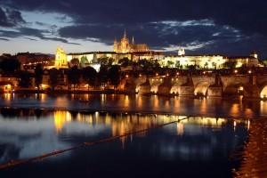 Castelo-de-Praga-noite